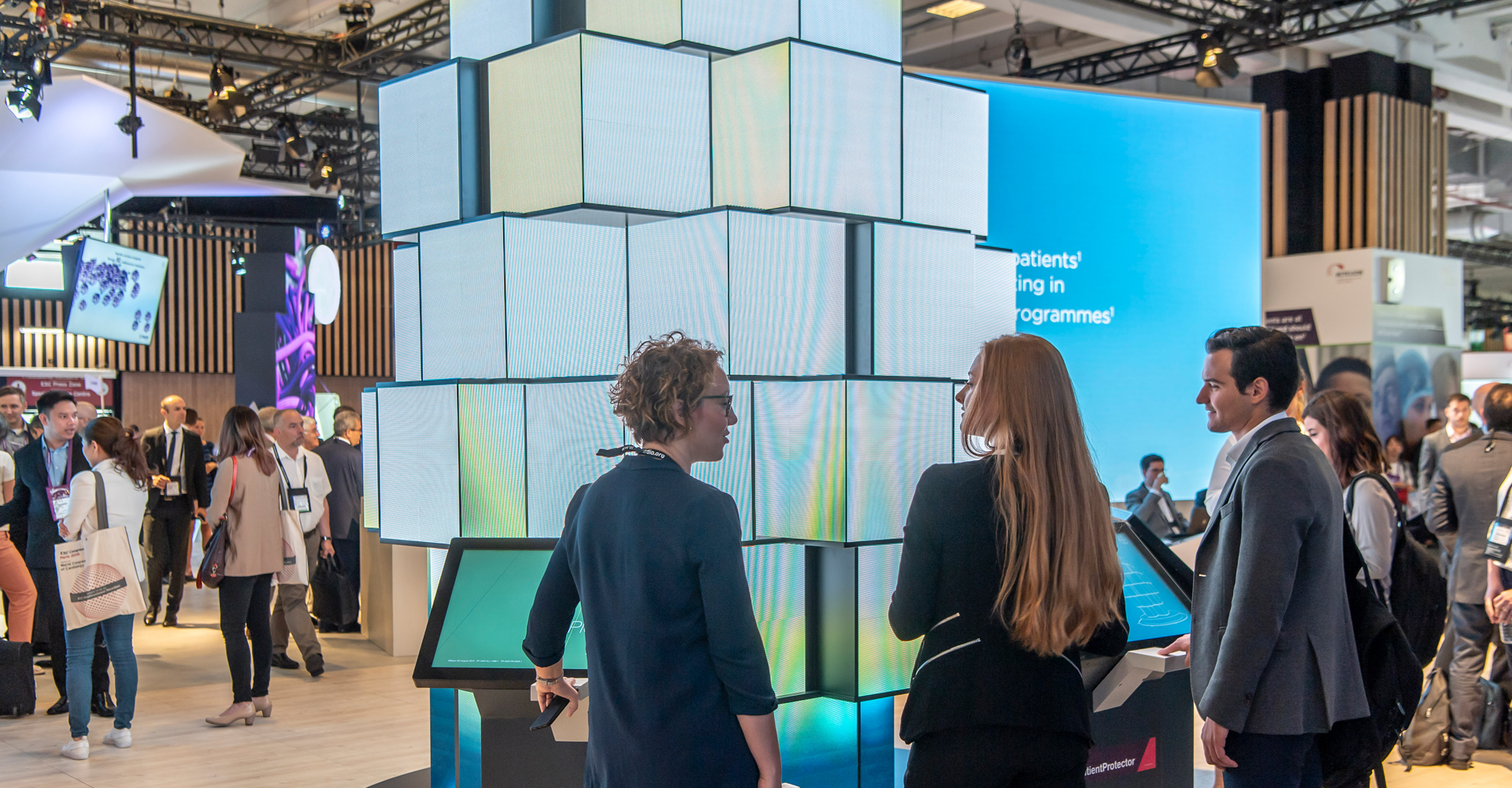 LED Sculpture with experiential tech and strong customer engagement at ESC 2019 by MCCGLC