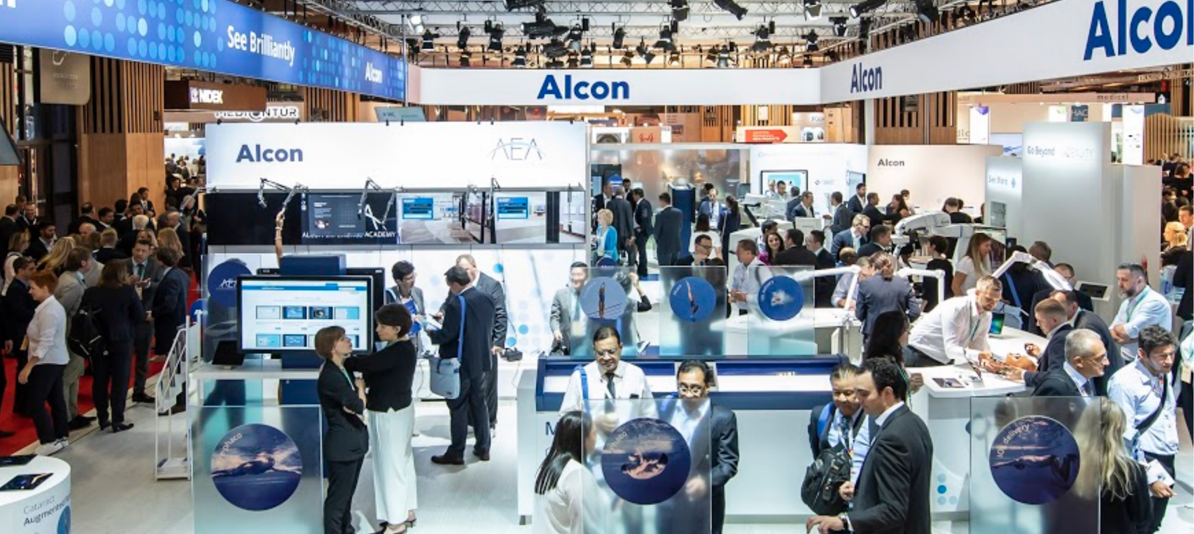 Alcon trade show with live events strategy by MCCGLC
